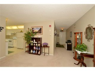 Photo 10: 408 280 SHAWVILLE Way SE in Calgary: Shawnessy Condo for sale : MLS®# C4023552