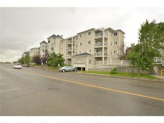 Photo 4: 408 280 SHAWVILLE Way SE in Calgary: Shawnessy Condo for sale : MLS®# C4023552