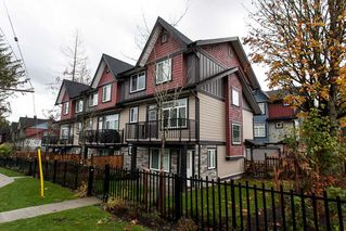 "Photo 2: 3 6929 142ND Street in Surrey: East Newton Townhouse for sale in ""Redwood"" : MLS®# R2011018"