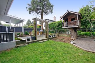 Photo 18: 33721 MAYFAIR Avenue in Abbotsford: Central Abbotsford House for sale : MLS®# R2065117
