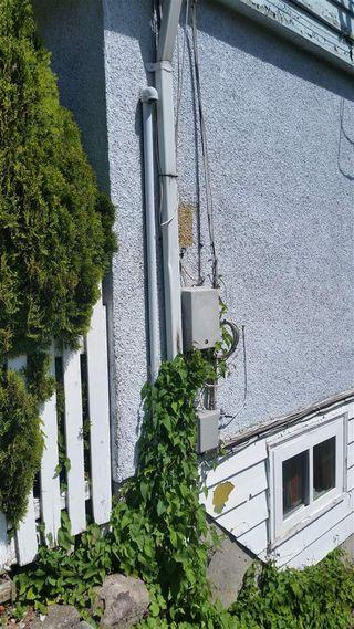 "Photo 6: 324 - 326 RICHMOND Street in New Westminster: Sapperton House Fourplex for sale in ""SAPPERTON"" : MLS®# R2066874"