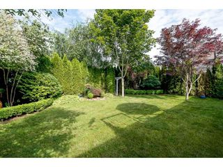 """Photo 2: 4063 CHANNEL Street in Abbotsford: Abbotsford East House for sale in """"Sandyhill"""" : MLS®# R2078342"""