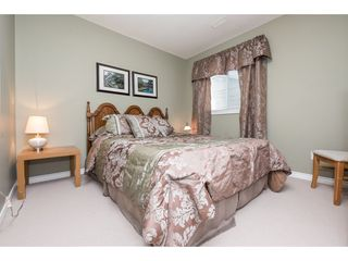 """Photo 18: 4063 CHANNEL Street in Abbotsford: Abbotsford East House for sale in """"Sandyhill"""" : MLS®# R2078342"""