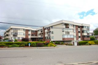 "Photo 2: 104 33369 OLD YALE Road in Abbotsford: Central Abbotsford Condo for sale in ""Monte Vista Villas"" : MLS®# R2080682"