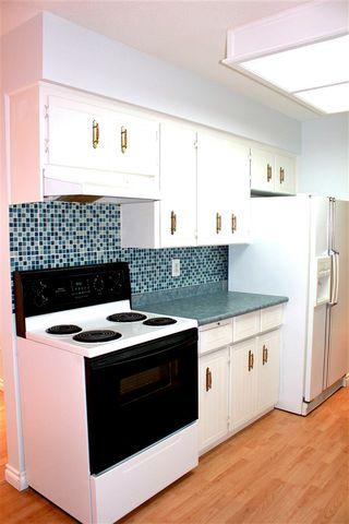 "Photo 8: 104 33369 OLD YALE Road in Abbotsford: Central Abbotsford Condo for sale in ""Monte Vista Villas"" : MLS®# R2080682"