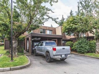 "Photo 1: 206 9468 PRINCE CHARLES Boulevard in Surrey: Cedar Hills Townhouse for sale in ""CEDAR HILLS"" (North Surrey)  : MLS®# R2081668"