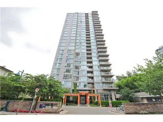 "Photo 1: 902 660 NOOTKA Way in Port Moody: Port Moody Centre Condo for sale in ""NAHANNI"" : MLS®# R2088770"