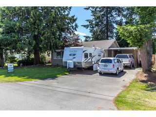 Photo 1: 2657 CENTENNIAL Street in Abbotsford: Abbotsford West House for sale : MLS®# R2090719