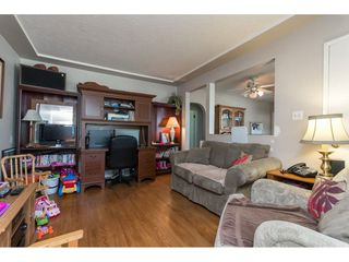 Photo 7: 2657 CENTENNIAL Street in Abbotsford: Abbotsford West House for sale : MLS®# R2090719