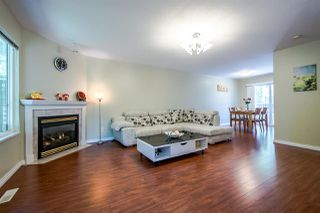 """Photo 2: 8 15488 101A Avenue in Surrey: Guildford Townhouse for sale in """"COBBLEFIELD LANE"""" (North Surrey)  : MLS®# R2094688"""