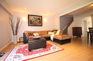 """Photo 3: 25 10756 GUILDFORD Drive in Surrey: Guildford Townhouse for sale in """"Guildford Close"""" (North Surrey)  : MLS®# R2108691"""