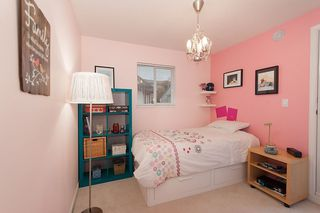 Photo 12: 1108 ST. GEORGES Avenue in North Vancouver: Central Lonsdale House 1/2 Duplex for sale : MLS®# R2119119