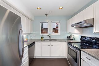 Photo 5: 1108 ST. GEORGES Avenue in North Vancouver: Central Lonsdale House 1/2 Duplex for sale : MLS®# R2119119