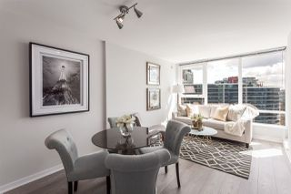 "Photo 1: 2003 939 EXPO Boulevard in Vancouver: Yaletown Condo for sale in ""THE MAX"" (Vancouver West)  : MLS®# R2125801"