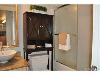 Photo 11: 506 845 Yates Street in VICTORIA: Vi Downtown Condo Apartment for sale (Victoria)  : MLS®# 373474
