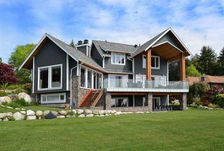 Photo 1: 58 CLARK Road in Gibsons: Gibsons & Area House for sale (Sunshine Coast)  : MLS®# R2142519