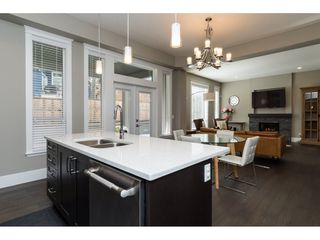 Photo 9: 15776 MOUNTAIN VIEW Drive in Surrey: Grandview Surrey House for sale (South Surrey White Rock)  : MLS®# R2145036