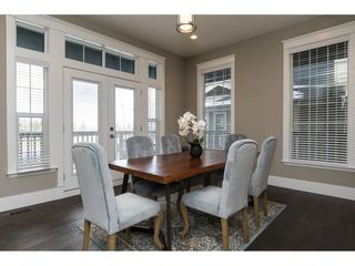 Photo 3: 15776 MOUNTAIN VIEW Drive in Surrey: Grandview Surrey House for sale (South Surrey White Rock)  : MLS®# R2145036