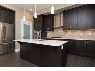 Photo 7: 15776 MOUNTAIN VIEW Drive in Surrey: Grandview Surrey House for sale (South Surrey White Rock)  : MLS®# R2145036