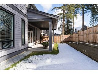 Photo 19: 15776 MOUNTAIN VIEW Drive in Surrey: Grandview Surrey House for sale (South Surrey White Rock)  : MLS®# R2145036