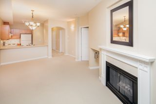 "Photo 7: 109 5605 HAMPTON Place in Vancouver: University VW Condo for sale in ""THE PEMBERLEY"" (Vancouver West)  : MLS®# R2160612"