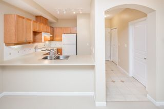 "Photo 11: 109 5605 HAMPTON Place in Vancouver: University VW Condo for sale in ""THE PEMBERLEY"" (Vancouver West)  : MLS®# R2160612"
