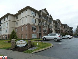 "Photo 1: 207 45753 STEVENSON Road in Sardis: Sardis East Vedder Rd Condo for sale in ""Park Place II"" : MLS®# R2169482"