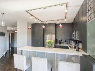 Photo 11: 203 1888 YORK AVENUE in Vancouver: Kitsilano Condo for sale (Vancouver West)  : MLS®# R2183620