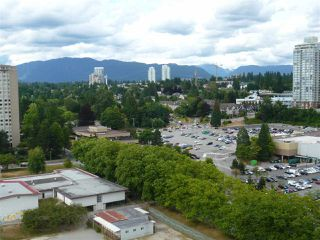 "Photo 13: 1902 3737 BARTLETT Court in Burnaby: Sullivan Heights Condo for sale in ""TIMBERLEA"" (Burnaby North)  : MLS®# R2189312"
