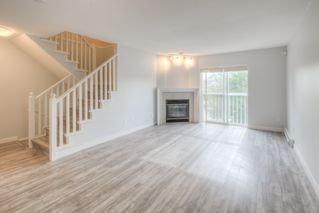 """Photo 2: 3 7360 GILBERT Road in Richmond: Brighouse South Townhouse for sale in """"Sommerside"""" : MLS®# R2190715"""