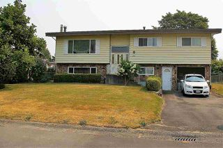 Photo 1: 6096 GLENROY Drive in Sardis: Sardis West Vedder Rd House for sale : MLS®# R2194623