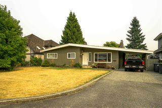 Photo 1: 932 WESTMOUNT Drive in Port Moody: College Park PM House for sale : MLS®# R2203272