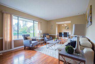 "Photo 3: 9452 208 Street in Langley: Walnut Grove House for sale in ""Walnut Grove"" : MLS®# R2203295"