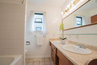 "Photo 14: 9452 208 Street in Langley: Walnut Grove House for sale in ""Walnut Grove"" : MLS®# R2203295"