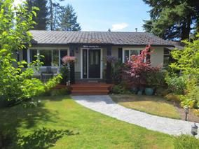 Main Photo: 1571 CHESTNUT Street: White Rock House for sale (South Surrey White Rock)  : MLS®# R2209786