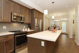 "Photo 5: 34 16127 87 Avenue in Surrey: Fleetwood Tynehead Townhouse for sale in ""Academy"" : MLS®# R2213641"