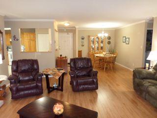 Photo 5: 229 2451 Gladwin Road in Abbotsford: Abbotsford West Condo for sale : MLS®# R2215034