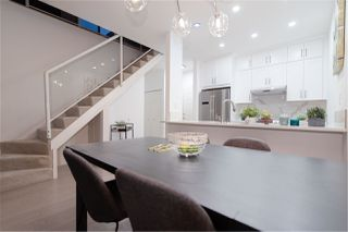 Photo 1: 413 1150 QUAYSIDE DRIVE in New Westminster: Quay Condo for sale : MLS®# R2209759