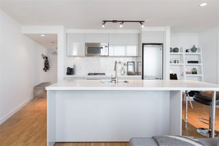 Photo 4: 2903 108 W CORDOVA STREET in Vancouver: Downtown VW Condo for sale (Vancouver West)  : MLS®# R2213274