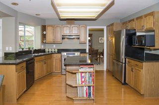 Photo 3: 15 PARKGLEN PLACE in Port Moody: Heritage Mountain House for sale : MLS®# R2207752