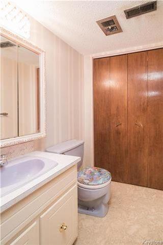 Photo 15: 35 Bramwell Avenue in Winnipeg: East Transcona Residential for sale (3M)  : MLS®# 1730124