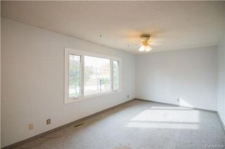 Photo 3: 35 Bramwell Avenue in Winnipeg: East Transcona Residential for sale (3M)  : MLS®# 1730124