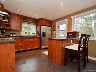 Photo 5: 2127 S French Rd in SOOKE: Sk Broomhill Single Family Detached for sale (Sooke)  : MLS®# 776148