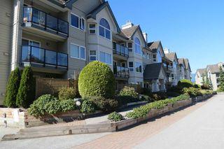 """Photo 3: 304 1466 PEMBERTON Avenue in Squamish: Downtown SQ Condo for sale in """"MARINA ESTATES"""" : MLS®# R2233193"""