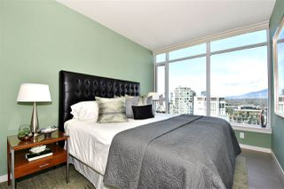 "Photo 11: 2804 1211 MELVILLE Street in Vancouver: Coal Harbour Condo for sale in ""The Ritz"" (Vancouver West)  : MLS®# R2247457"