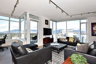 "Photo 2: 2804 1211 MELVILLE Street in Vancouver: Coal Harbour Condo for sale in ""The Ritz"" (Vancouver West)  : MLS®# R2247457"