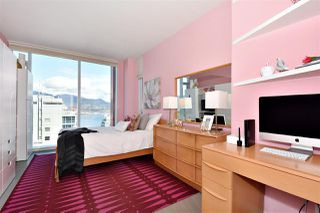 "Photo 13: 2804 1211 MELVILLE Street in Vancouver: Coal Harbour Condo for sale in ""The Ritz"" (Vancouver West)  : MLS®# R2247457"