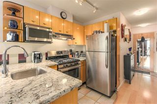 "Photo 5: 803 501 PACIFIC Street in Vancouver: Downtown VW Condo for sale in ""THE 501"" (Vancouver West)  : MLS®# R2259702"