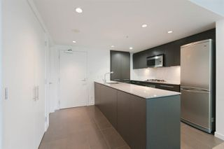 """Photo 2: 301 522 W 8TH Avenue in Vancouver: Fairview VW Condo for sale in """"CROSSROADS"""" (Vancouver West)  : MLS®# R2265344"""