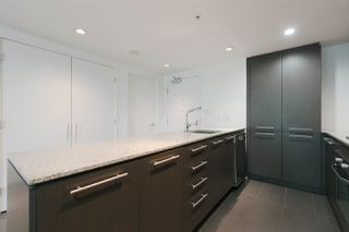 """Photo 4: 301 522 W 8TH Avenue in Vancouver: Fairview VW Condo for sale in """"CROSSROADS"""" (Vancouver West)  : MLS®# R2265344"""